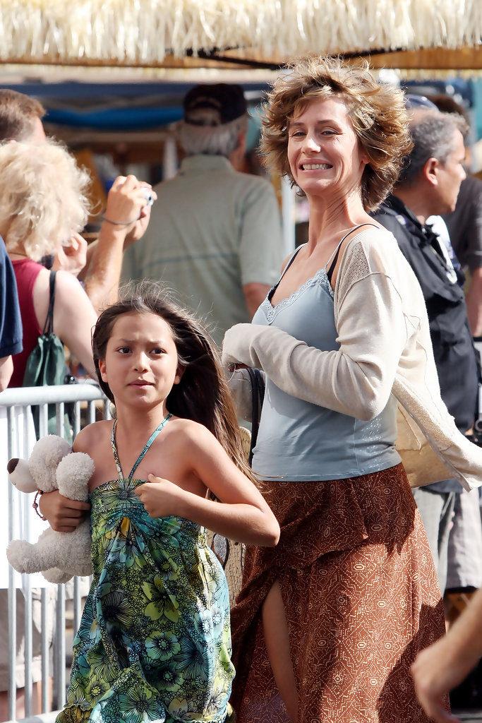 Cecile de France et Clint Eastwood sur le tournage de Au-Delà - 09