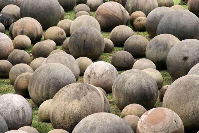 Les mystérieuses sphères de pierre au Costa Rica
