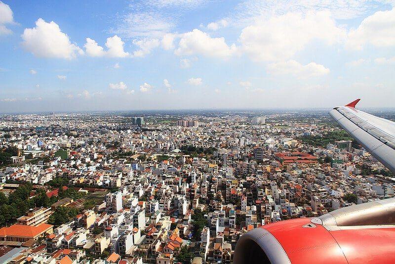 Photo prise du hublot d'un avion : Ho Chi Minh Ville, Vietnam