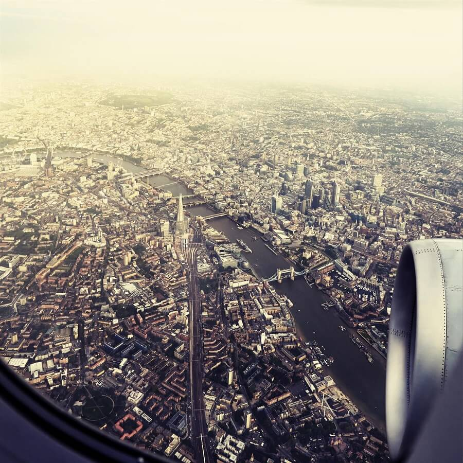 Photo prise du hublot d'un avion : Londres, Royaume Uni