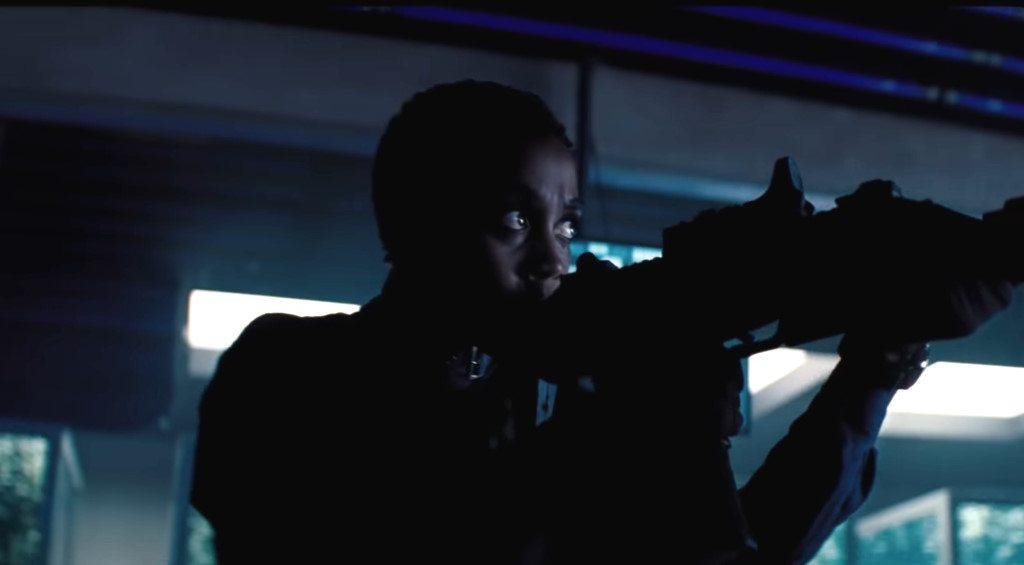 Lashana Lynch dans James Bond