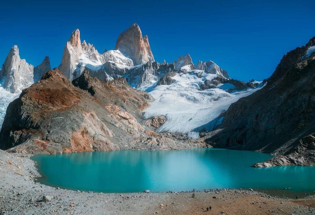 La Patagonie est connue pour ses lacs à l'eau bleu turquoise (mount Fitzroy)